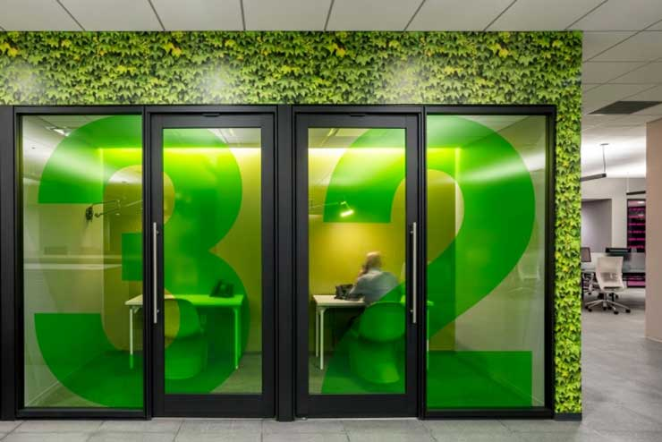 Aluminum Stile Glass Door And Glass Partitions Can Increase Your Office Durability By 100%